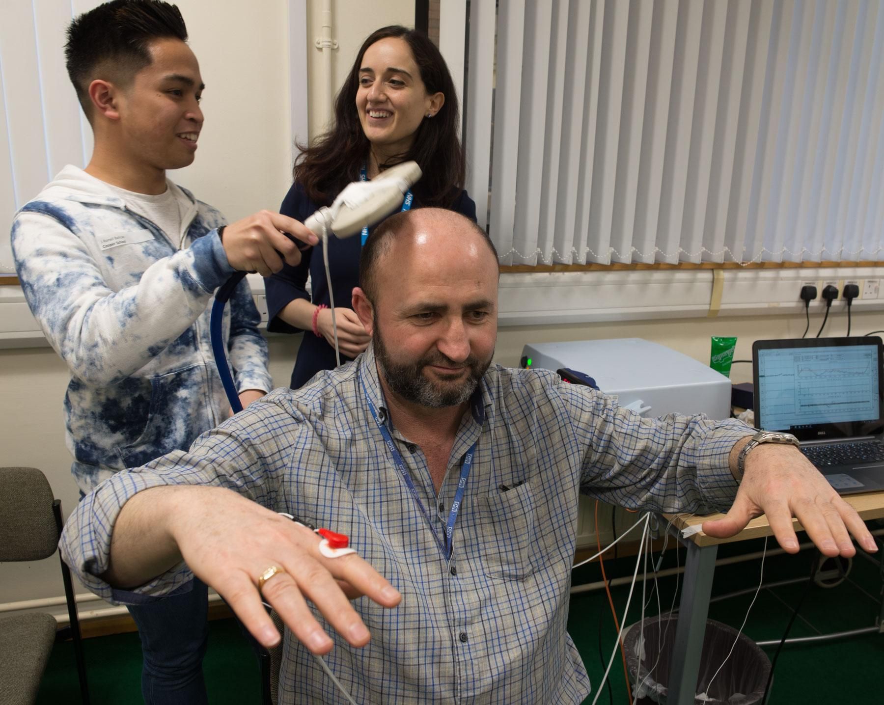 Schools Open Day 2018 at the MRC Brain Network Dynamics Unit is stimulating for the brain – in many ways!